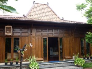 Rumah (Credit: mewarnai.us)