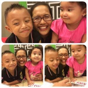 Bundaku dengan Rifqi Anakku dan Ayra Anak Adikku Rukma